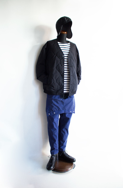 MeanswhileのBlackbord Cloth Saillor PantsのDeap Seaの全身画像