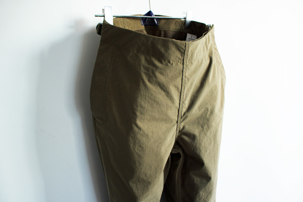 MeanswhileのBlackbord Cloth Saillor PantsのForestのアップ画像