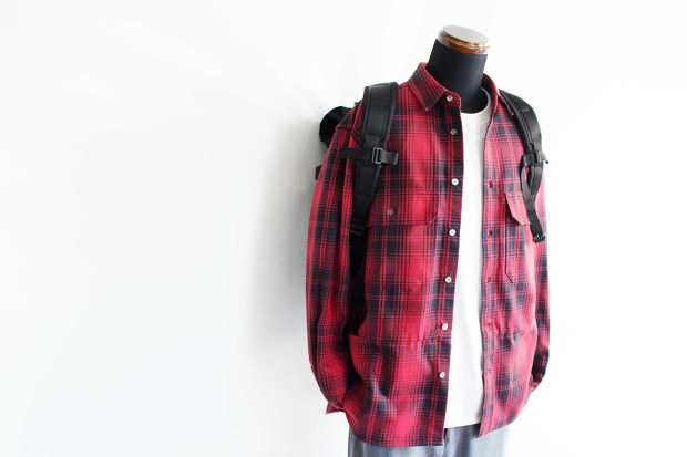 Meanswhile Flannel Check Shirt JacketのRedのスタイルの斜め前からの画像