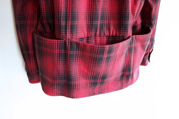 Meanswhile Flannel Check Shirt JacketのRedの背面ポケットの画像