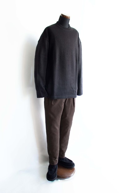 Island knit worksのLoose fit KnitのBlackのコーディネートの画像